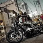 2014-Yamaha-XV950R-EU-Matt-Grey-Action-001